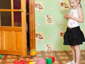 la habitación del niño - en esta imagen se representa una imagen con juguetes