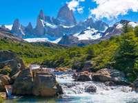 Красиви планини - Красив пейзаж на Патагония