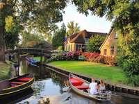 Нидерландия Giethoorn Венеция - Нидерландия Giethoorn Венеция