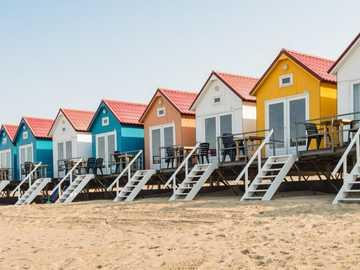 Domy na plaży na wybrzeżu Holandii - Domy na plaży na wybrzeżu Holandii