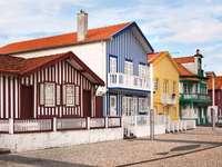 casas listradas coloridas - costa nova - m ......................
