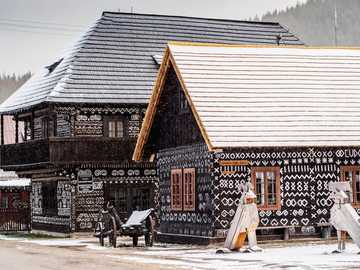 in the land of gingerbread houses - m ........................