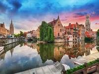 Brugge stad met veel grachten in België