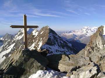 Na vrcholu jedné z hor - Na vrcholu jedné z hor