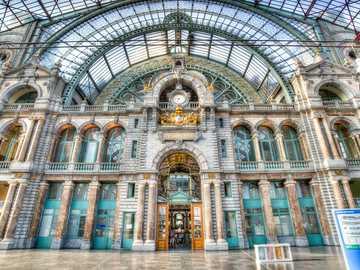 Dworzec kolejowy w Antwerpii - Dworzec kolejowy w Antwerpii