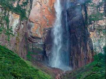 Venezuela waterfall - The Angel Falls is the largest waterfall in Venezuela and is 979 meters high