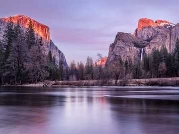 Yosemite Valley View - Yosemite National Park digital wallpaper. Yosemite Valley, United States