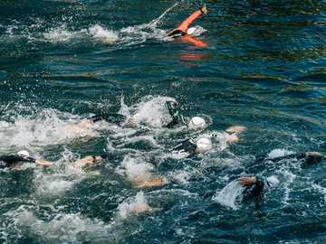 Swimmers - people swimming during day. Bilbao, España