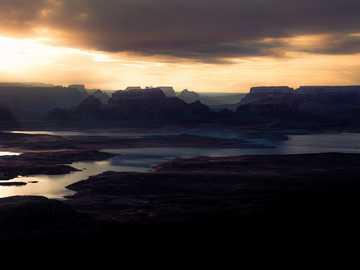 patrick hendry - landscape photo of mountain.