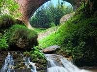 Θαυμάσιες γέφυρες - οι υπέροχες γέφυρες βράχου .................