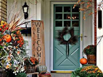 Strefa wejściowa urządzona jesienią - Strefa wejściowa urządzona jesienią