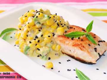 Lachs mit Curry - Lachs mit Zuckermais-Curry