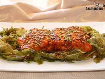 Salmone glassato - Salmone glassato Kecap, mais e sesamo