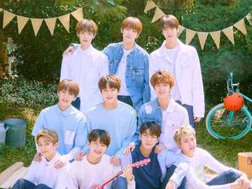 GOLDENES KIND - . Die Gruppe besteht aus zehn Mitgliedern: Lee Daeyeol, Choi Sungyoon, Lee Jangjun, Sohn Youngtaek,