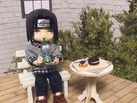 Itachi cool - Itachi heeft in zijn tuin een snack
