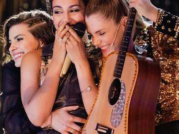 Disney Bia Chiara Bia und Celeste Fiesta CyberGold - Disney Bia Fiesta CyberGold Bia Chiara und Celeste singen Ihre Farbe zum Malen