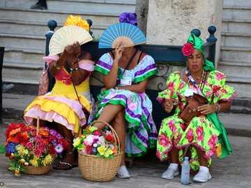 Cuban girls - m ...................