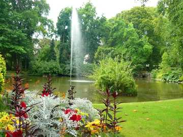 park with a fountain and flowers - m ......................