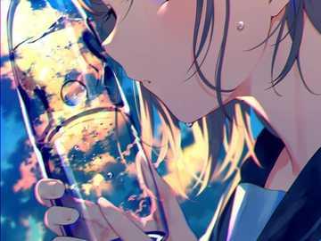 Butelka wody anime girl - Anime dziewczyna trzyma butelkę wody, na tle nieba.