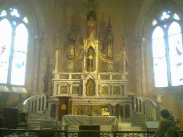 лужанска църква - изображение на църквата в Лужан