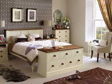 Dekoracje - Łóżko do jednej sypialni