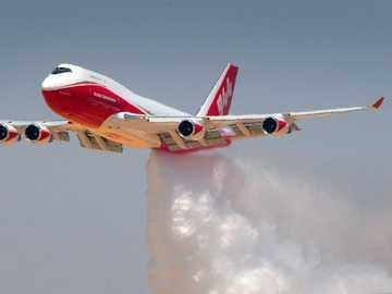 747 bombero ............. - 747 bombero .............