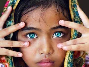 incredibili occhi verdi - m ....................