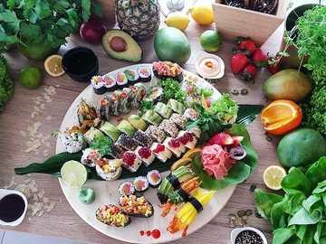 jedzenie wegetariańskie - m......................