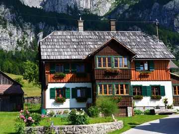 Farmhouse in front of rocky slopes - Farmhouse in front of rocky slopes