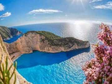 Beautiful coastal landscape - Beautiful coastal landscape