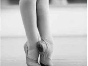Relevé Ballett - Position der Füße in einer Relevanz