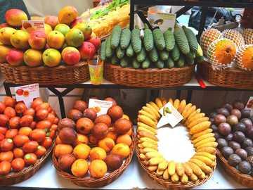 marknadsstånd på Madeira - m ...................