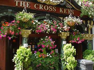 The Cross Keys decorated with flowers - The Cross Keys decorated with flowers