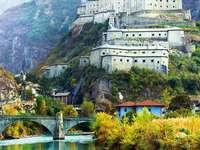 Οχυρό Bard στην κοιλάδα Aosta, βόρεια Ιταλία