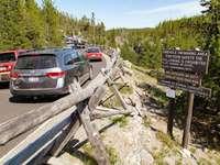 strada difficile - strada difficile tra le montagne