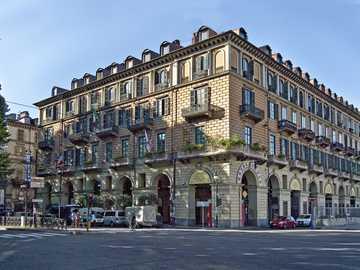 Moradia de Turim no norte da Itália - Moradia de Turim no norte da Itália