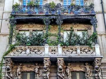 Mailand kunstvolle Hausfassaden - Mailand kunstvolle Hausfassaden