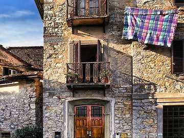 Houses in Tuscany - Houses in Tuscany