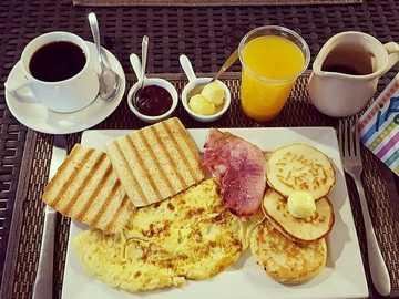 Buen día - Desayuno abundante para empezar el día
