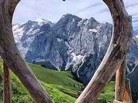 θέα στο βουνό - θέα στο βουνό ........................