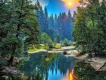 ein Spiegelbild der aufgehenden Sonne - ein Spiegelbild der aufgehenden Sonne