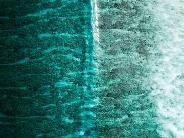 Luftaufnahme des Gewässers während des Tages - Dieses Foto in einem der ausgewählten Fotos meiner Fotoserie, einer Reihe von Wellen. Es inspiriert