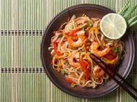 Oriental noodles - Oriental noodles with shrimp