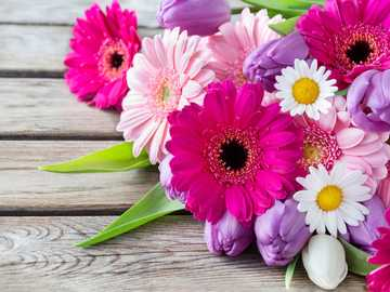 Buquê de flores - M .........................