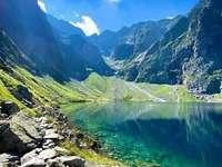 Czarny Staw in der Tatra. - Landschaftspuzzle.