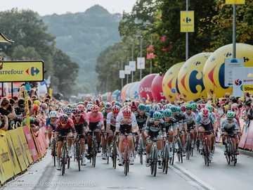 Kerékpáros versenyek - M .....................