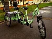 Electric bike on three wheels - M ............... ...