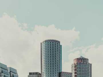 grattacieli di cemento grigio - Boston Skyline edifici nel porto marittimo. Porto marittimo, Boston