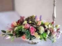 Colorful flower bouquet - M ........................