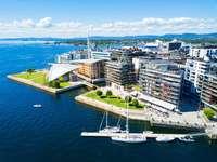 Oslo.... - Noorwegen - Oslo. M ..................... De hoofdstad van Noorwegen is Oslo.